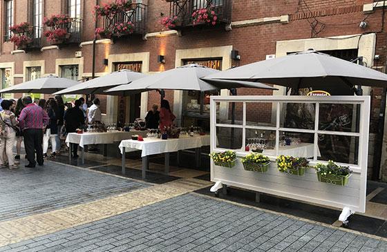 Ezequiel Calle Ancha. Amplio local para eventos y celebraciones.